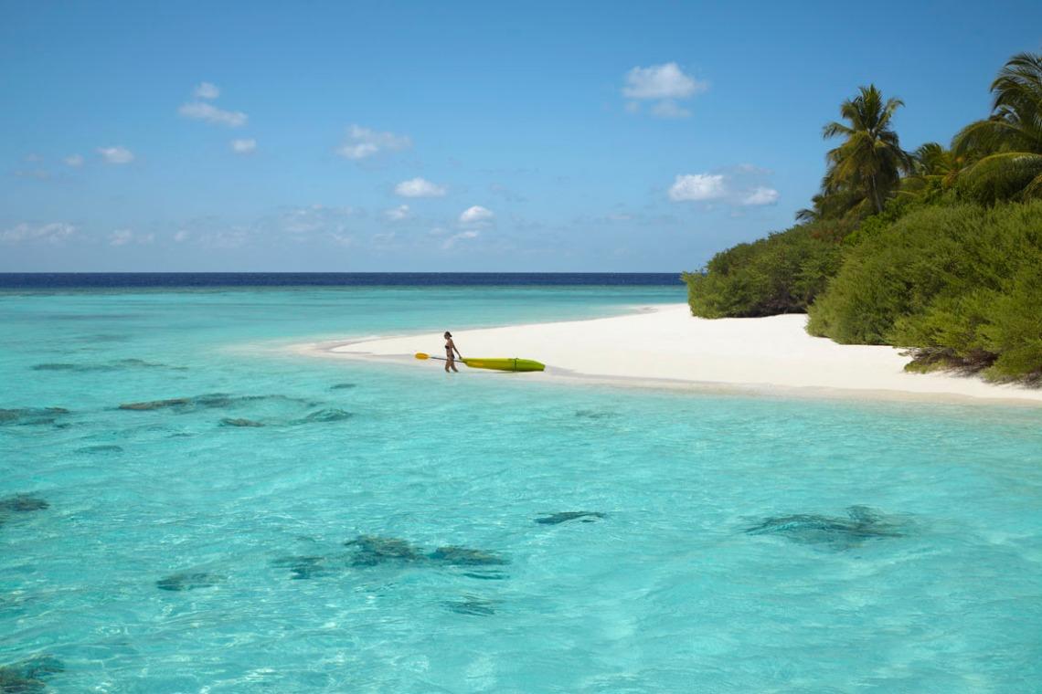 Beach Dusit Thani Maldives