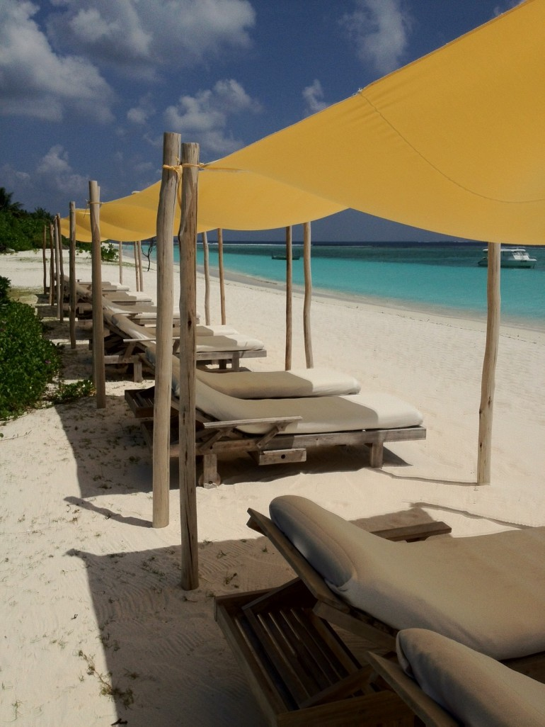 Beachclub @ Six Senses Laamu