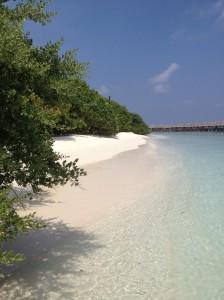 Beachside Dusit Thani Maldives