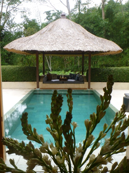 Amanjiwo Pool Suite