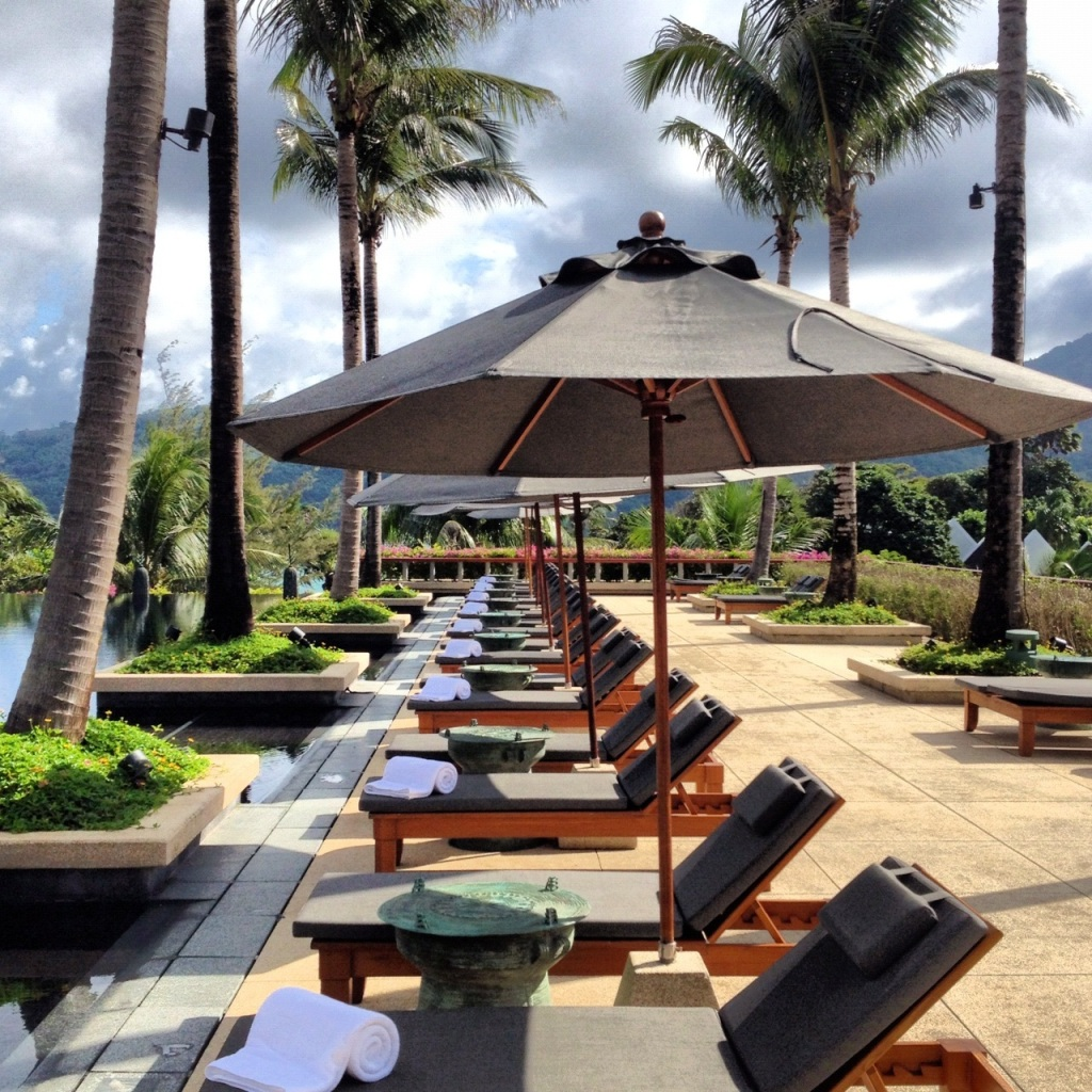 Poolside Line Up - Andara Style!