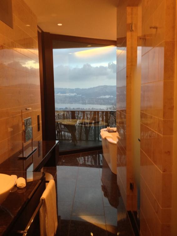 Deluxe Junior Suite Bathroom