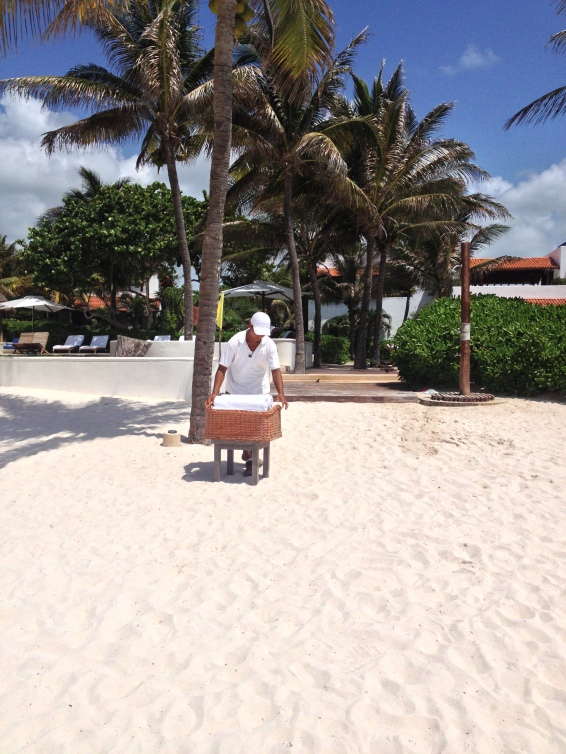Discreet and chic beachside service