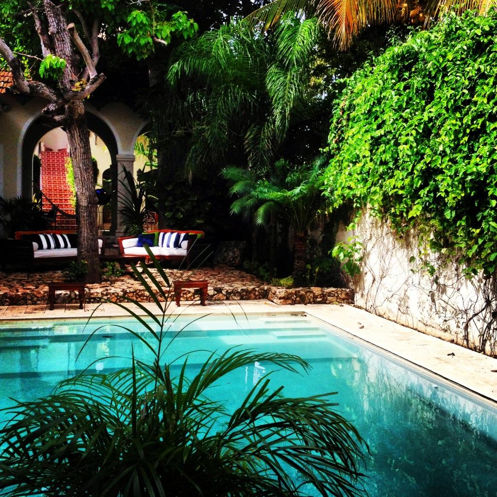 Poolside Casa Lecanda