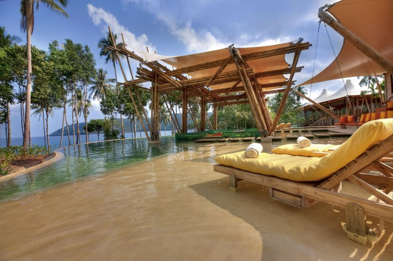 soneva-kiri-resort-thailand-main-pool_38_507