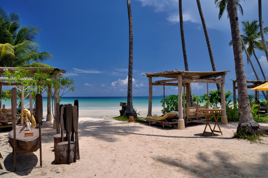the-beach-restaurant-1_259_535